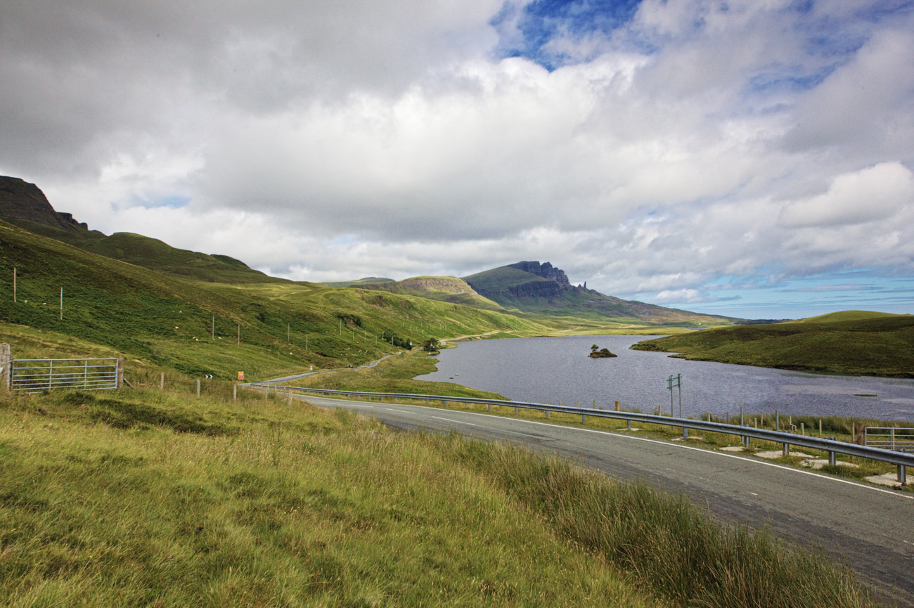 Droga do Old Man of Storr, Isle of Skye, Szkocja