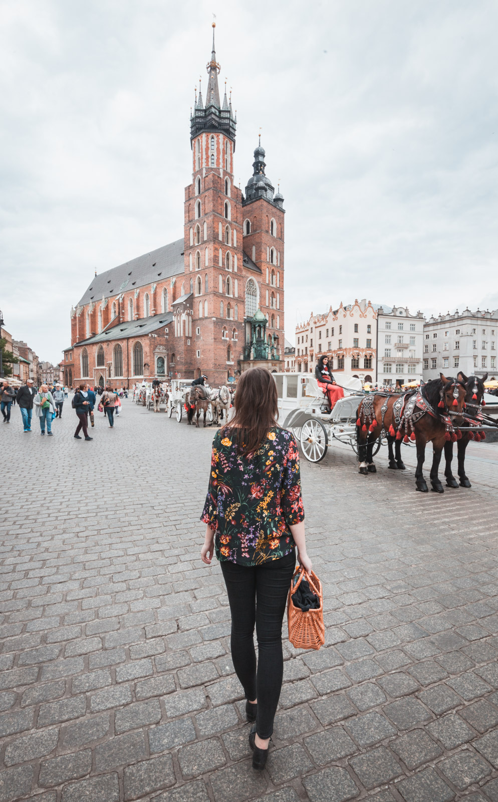 Kraków Kościół Mariacki dorożki