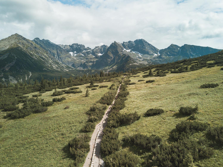 Tatry, droga w kierunku Hali Gąsienicowej