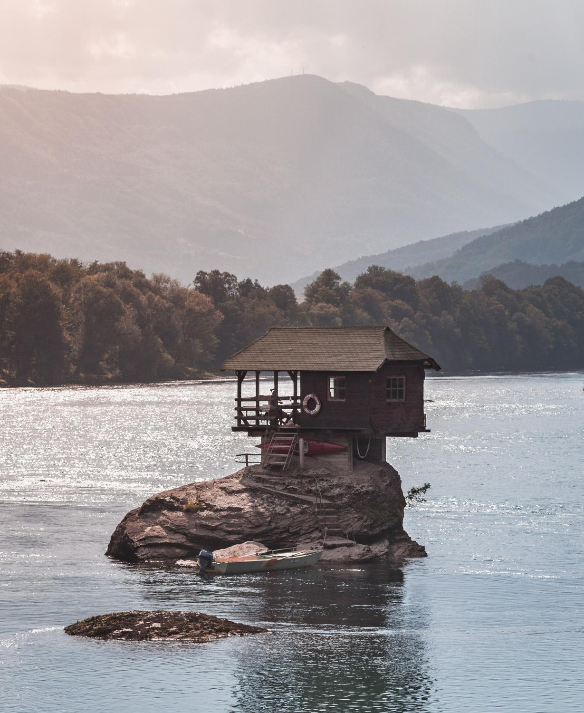 Dom na rzece Drina, Serbia