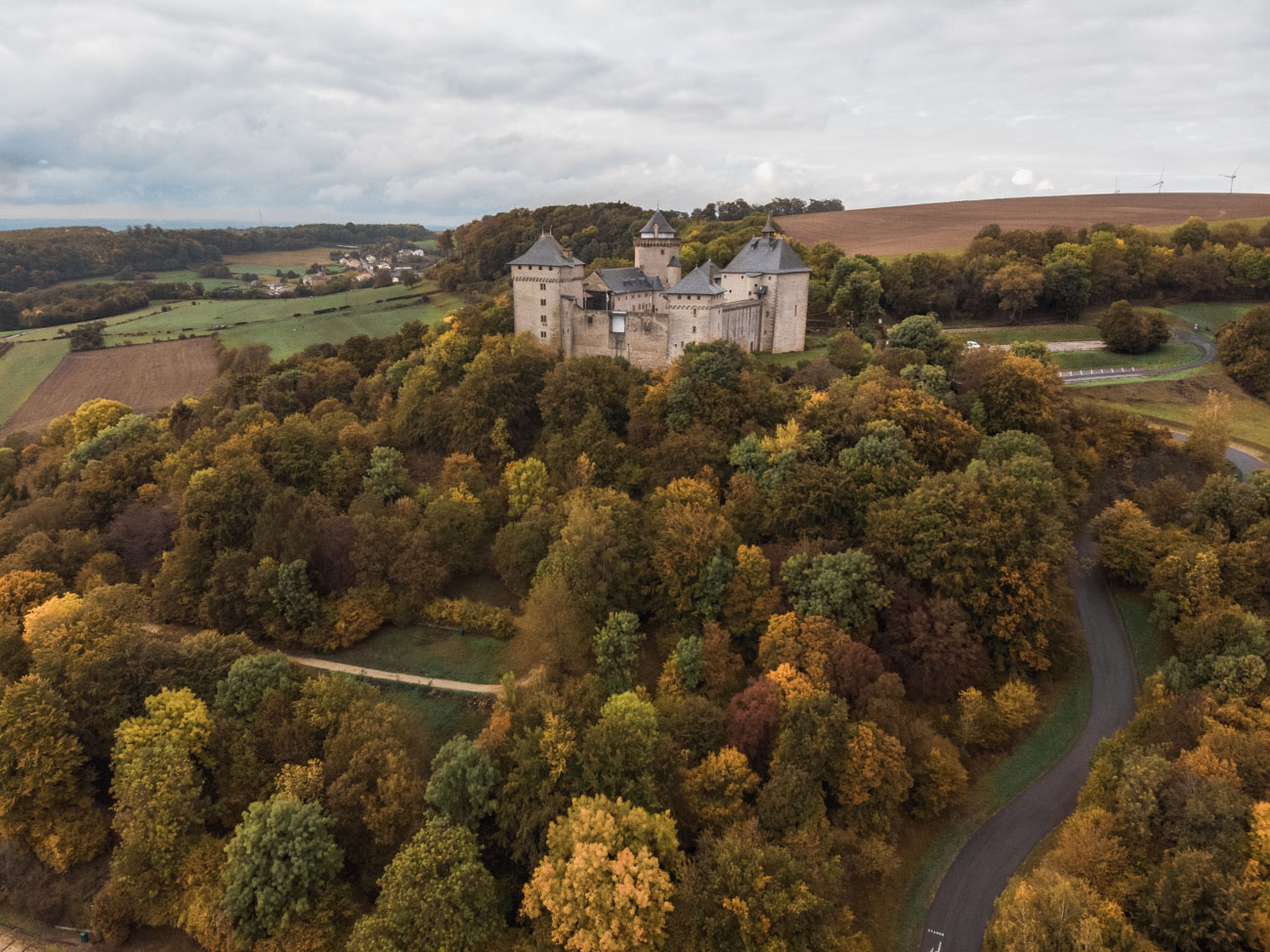 lotaryngia-chateau-de-malbrouck