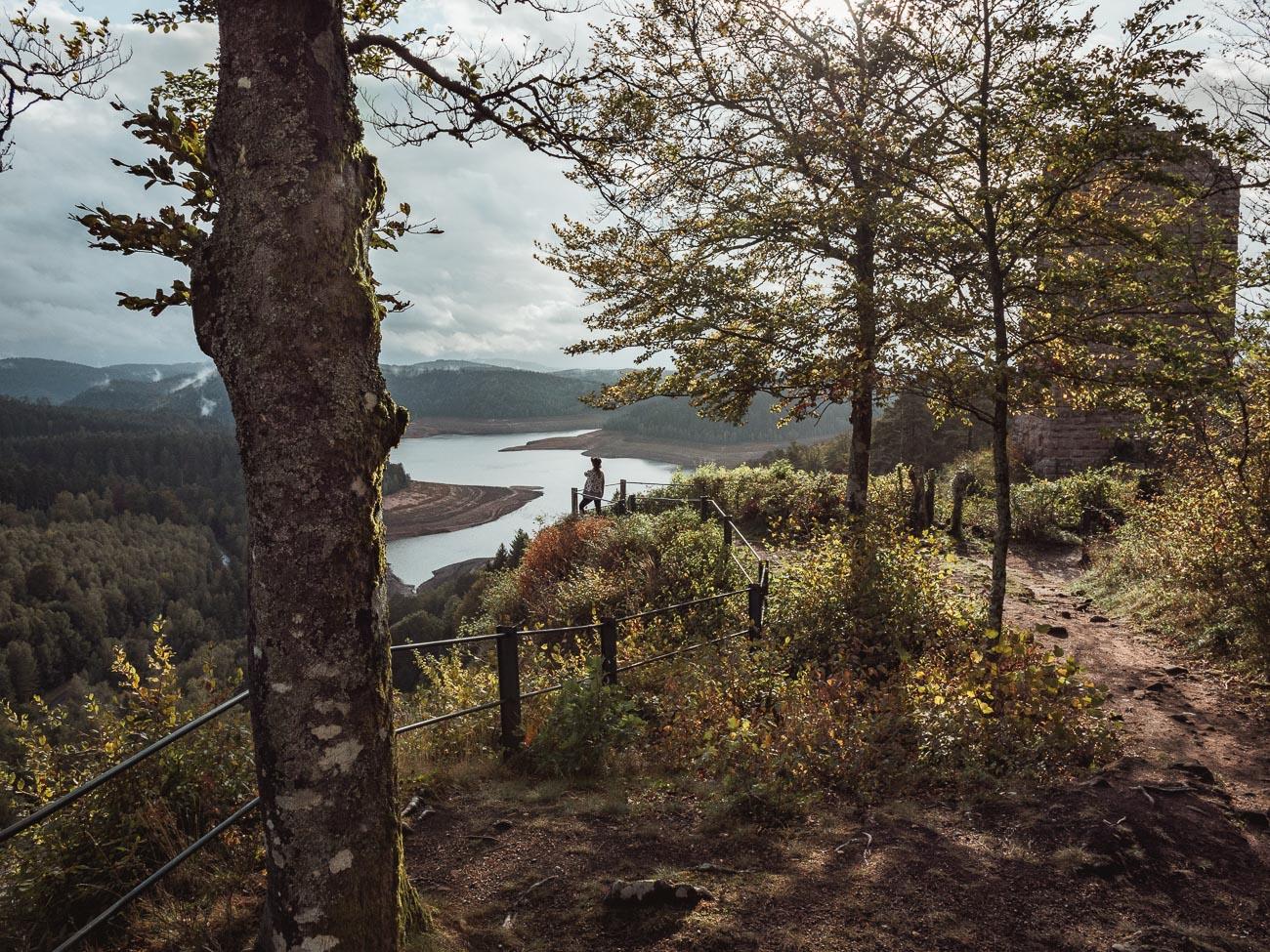 lotaryngia lac de pierre percee
